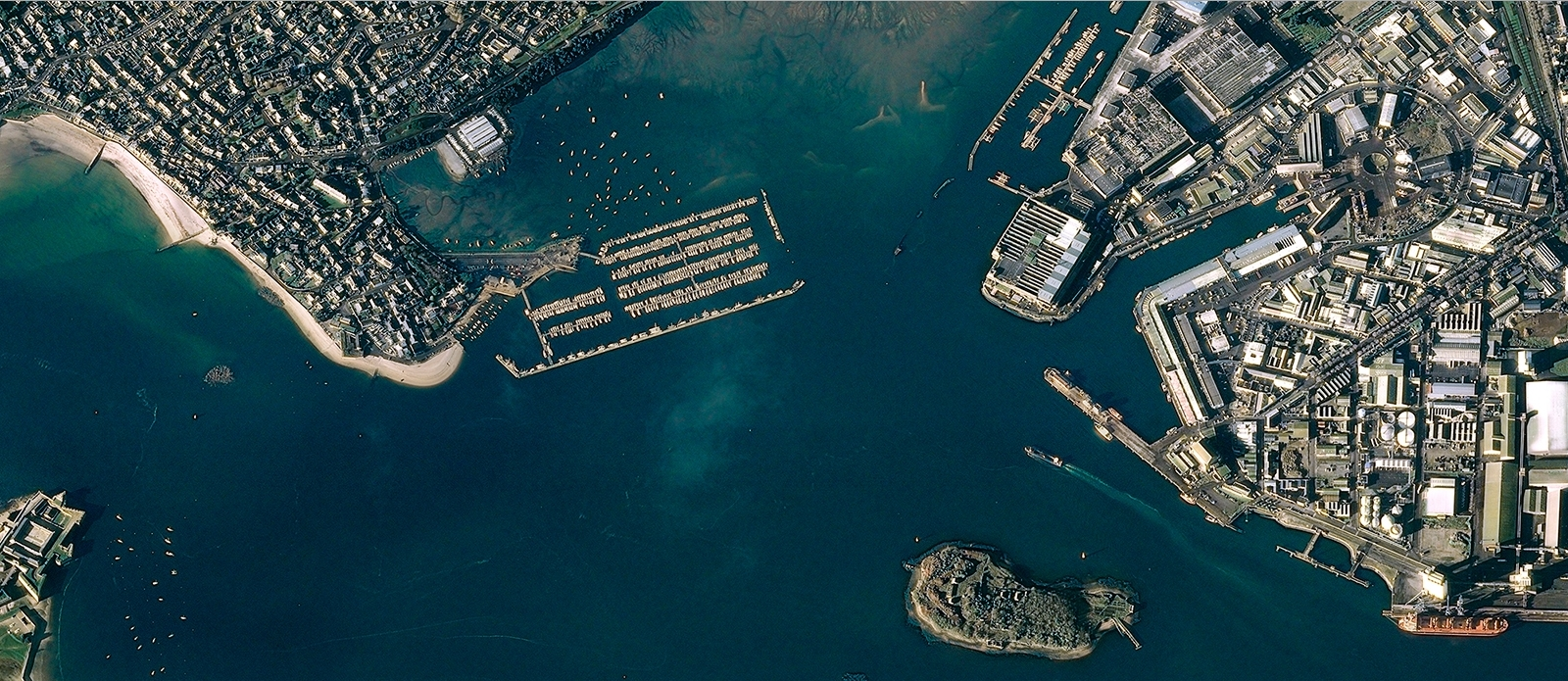 Lorient France  city pictures gallery : ... by pléiades 1b was on december 5 2012 of lorient france cnes